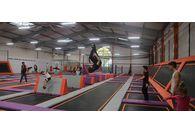 Découvrez Fly Academy, le plus grand trampoline park de France