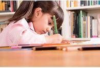 Aider son enfant à faire ses devoirs