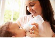 Tire lait electrique ou manuel : comment choisir ?