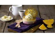 La recette du moment: Clafoutis cerises griottes, mousse chocolat blanc, éclat de vanille et tuiles à l'orange!