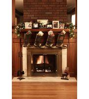 Pourquoi accrocher des bottes sur la cheminée ?