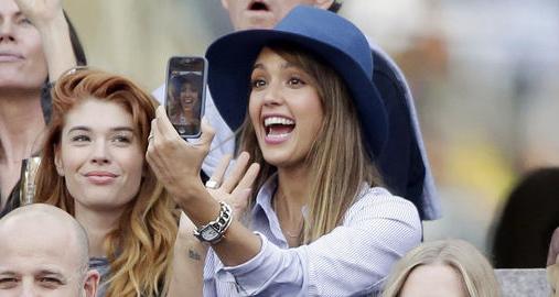 """Le selfie """"Mon 1er selfie"""""""