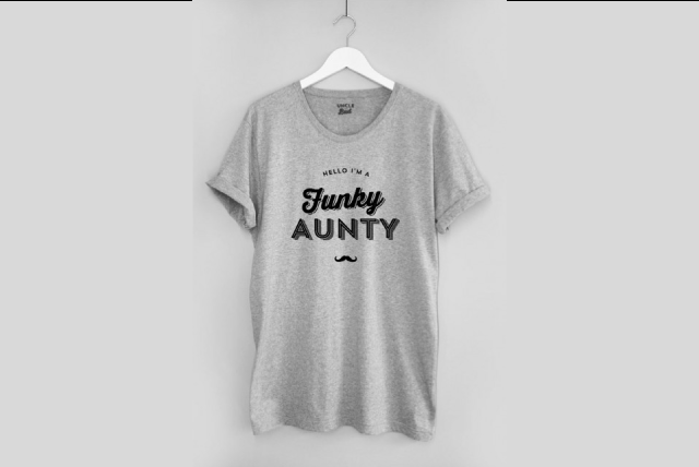 Le T-shirt UNCLE BAD Funky Aunty 100% coton bio gris