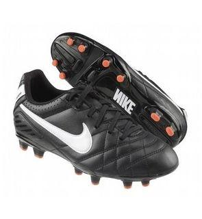 chaussure de football nike tiempo