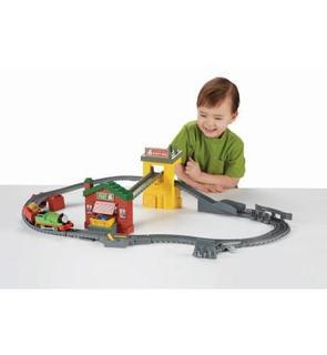 Fisher-Price Circuit de train Thomas et ses amis : Coffret livraison tri et échange